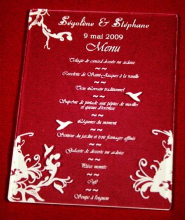 Menu pour mariage en plexiglas, gravé et personnalisé - 12 x 18 cm