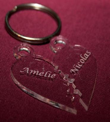 2 porte clés en forme de coeur - personnalisés avec vos prénoms