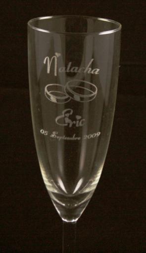 flute à champagne marque place gravée et personnalisée pour mariage