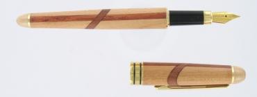 stylo plume en bois de marquerie  gravé et personnalisé