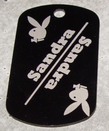 porte clefs gravé et personnalisé en aluminium anodisé rectangle