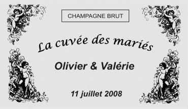 etiquette de bouteille mariage cupidon 1 gravée et personnalisé de couleur or ou argent