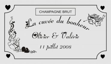 etiquette de bouteille mariage cupidon 2 gravée et personnalisé de couleur or ou argent