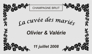 etiquette de bouteille mariage fleur 1 gravée et personnalisé de couleur or ou argent