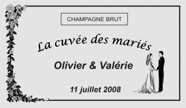 etiquette de bouteille mariage roses 1 gravée et personnalisé de couleur or ou argent