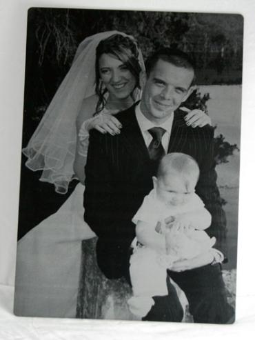 Photo gravée mariée petite taille en plexiglas de couleur 10 x 15 cm
