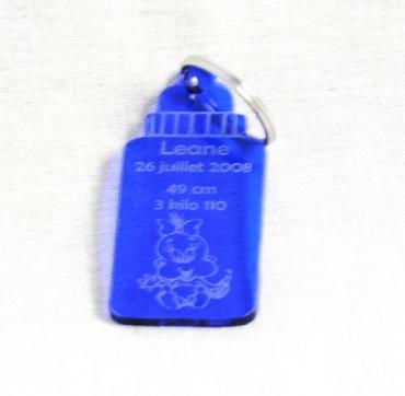 Porte clé personnalisable en plexiglas de couleur - Biberon