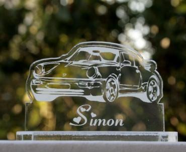 marque place gravé et personnalisé : voiture porsche