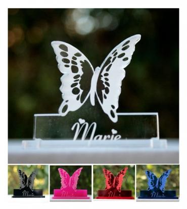 marque place gravé et personnalisé  : papillon 3