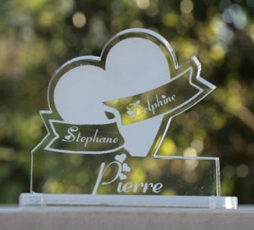 marque place pour mariage :coeur et prénoms 2