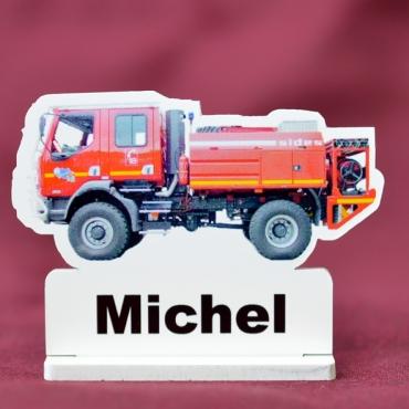 marque place couleur camion de pompier
